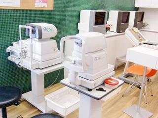 眼圧計、屈折検査装置、視力計